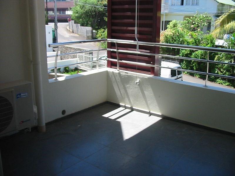 Location appartement Ste clotilde 557€ CC - Photo 6