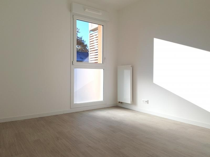 Rental apartment L hermitage 590€ CC - Picture 4