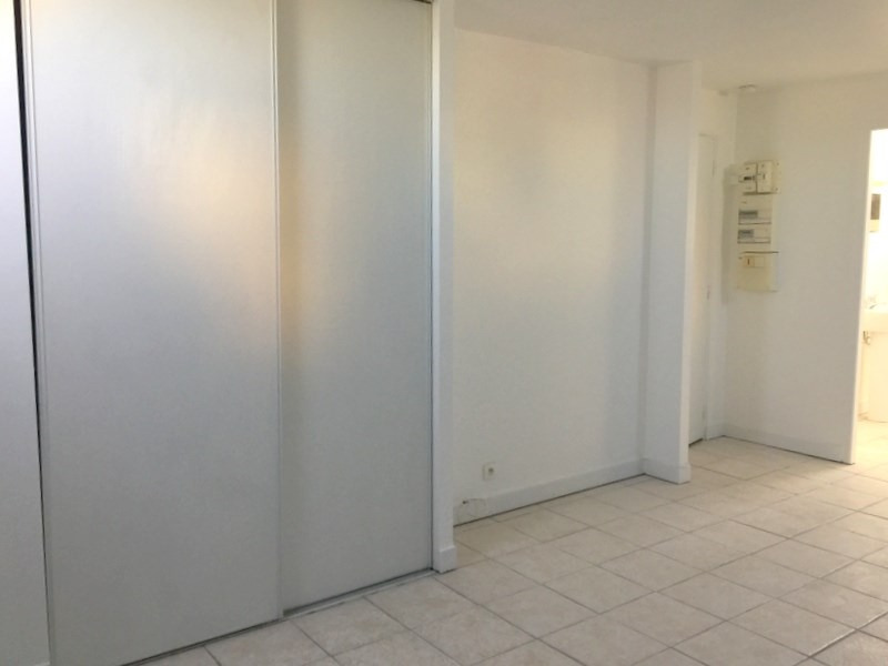 Location appartement Lozanne 305€ CC - Photo 2
