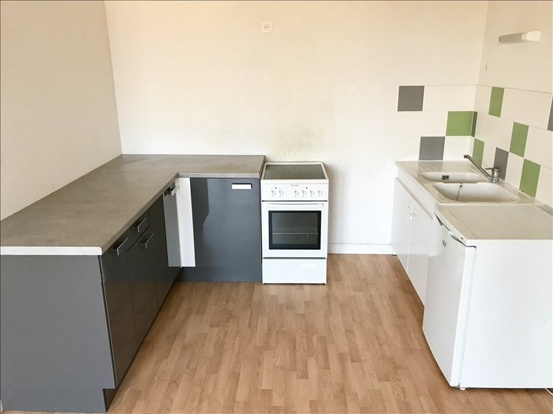 Location appartement Niort 586€ CC - Photo 2