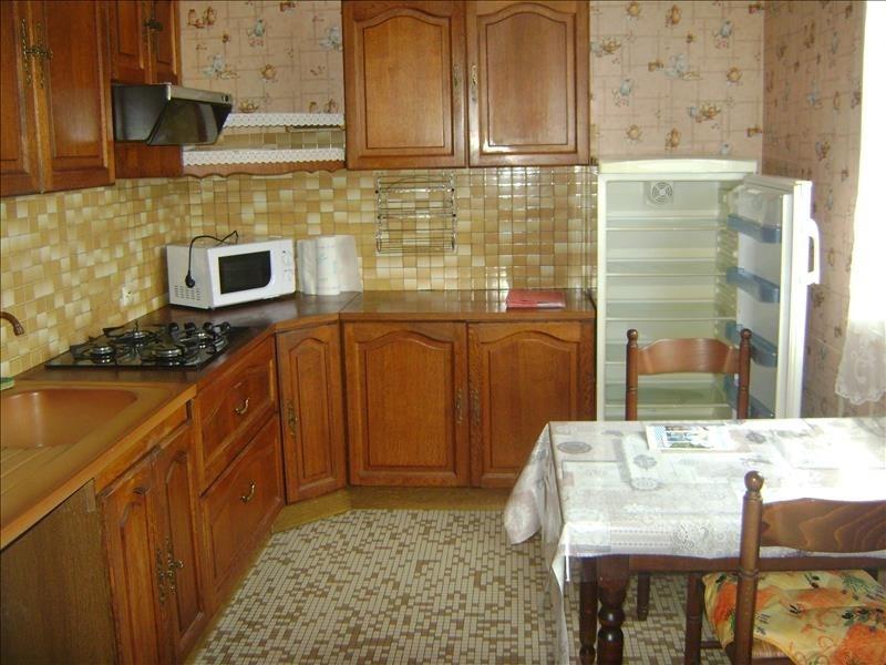 Sale house / villa Chateau renault 118200€ - Picture 2