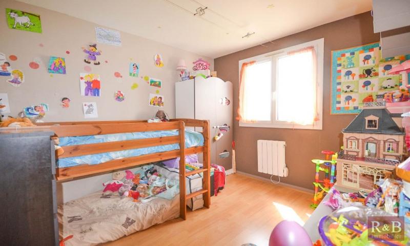 Sale apartment Plaisir 170000€ - Picture 5