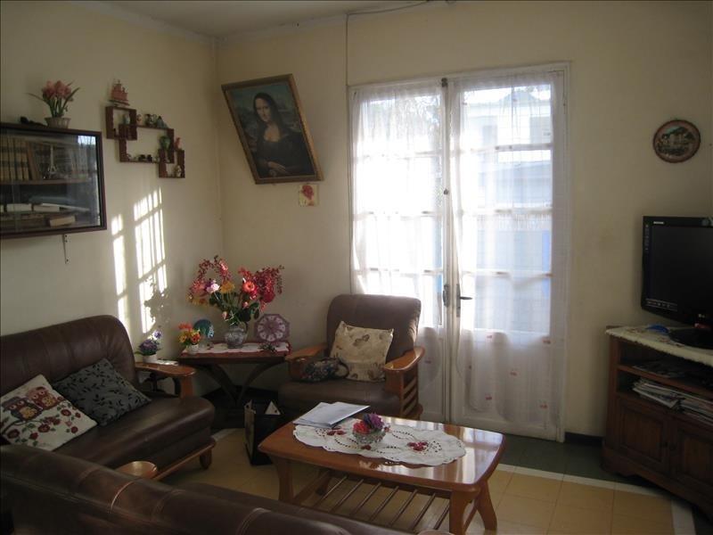 Sale house / villa Le port 254400€ - Picture 4