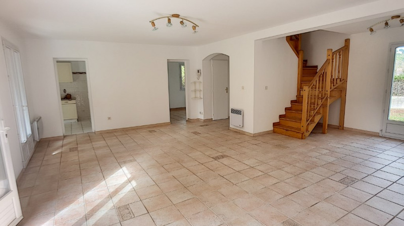 Location maison / villa Bouc bel air 1 599€ +CH - Photo 2