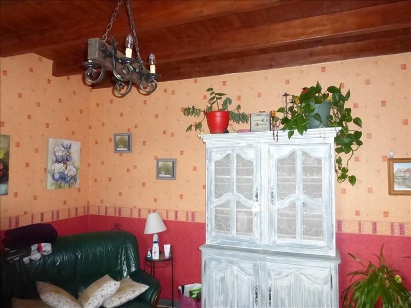 Sale house / villa Taillebourg 144000€ - Picture 5