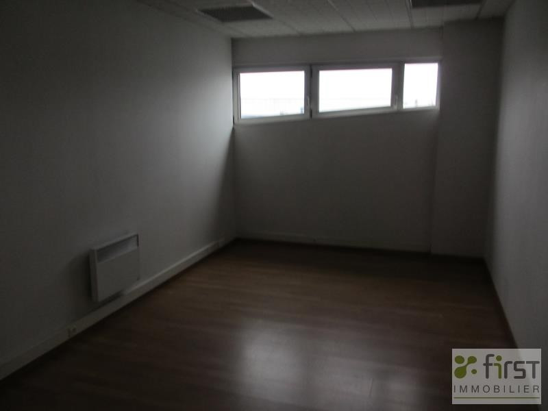Sale office Meythet 132 500€ - Picture 2