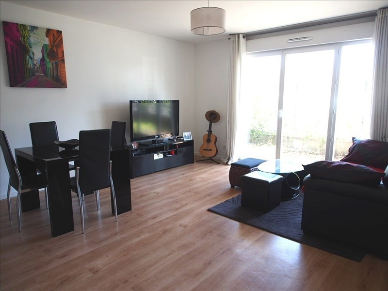 Location appartement Eragny 788€ CC - Photo 1