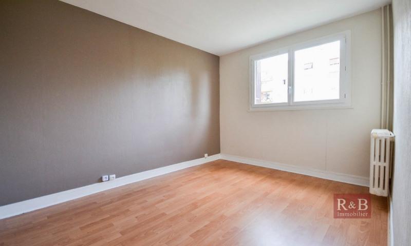 Sale apartment Les clayes sous bois 163000€ - Picture 6