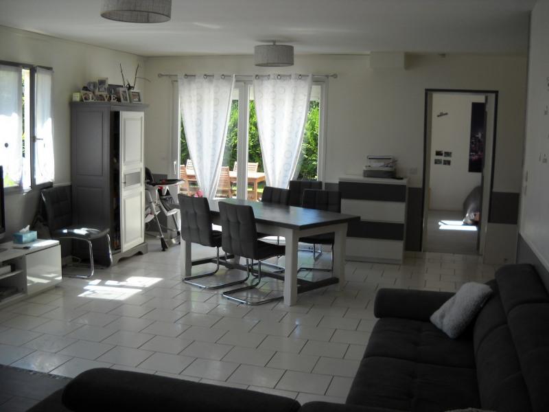 Sale house / villa Beuvron 280000€ - Picture 1