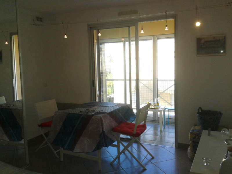 Location appartement Fréjus 515€ CC - Photo 2