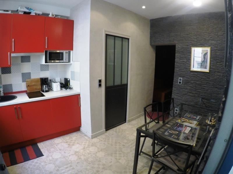 Sale apartment Paris 18ème 283000€ - Picture 1