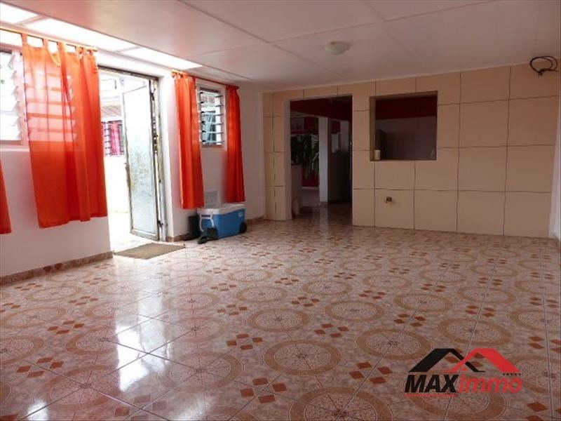 Vente maison / villa Le port 310 000€ - Photo 5