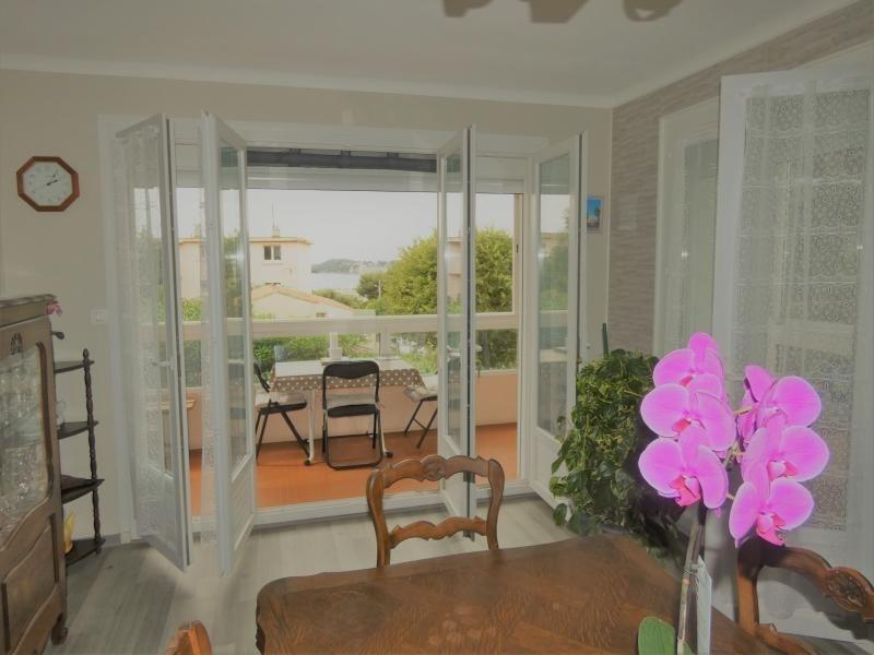 Sale apartment Six fours les plages 372000€ - Picture 1