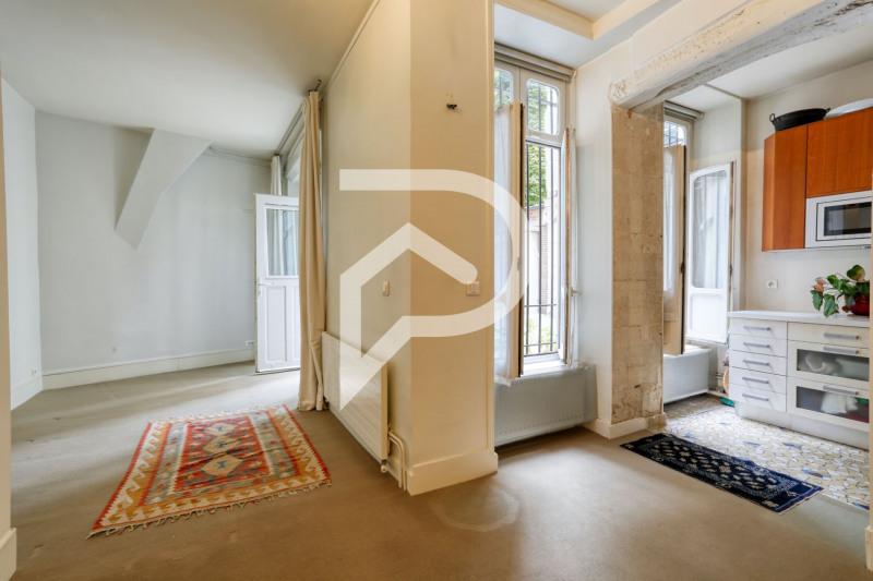 Vente appartement Paris 9ème 880000€ - Photo 8