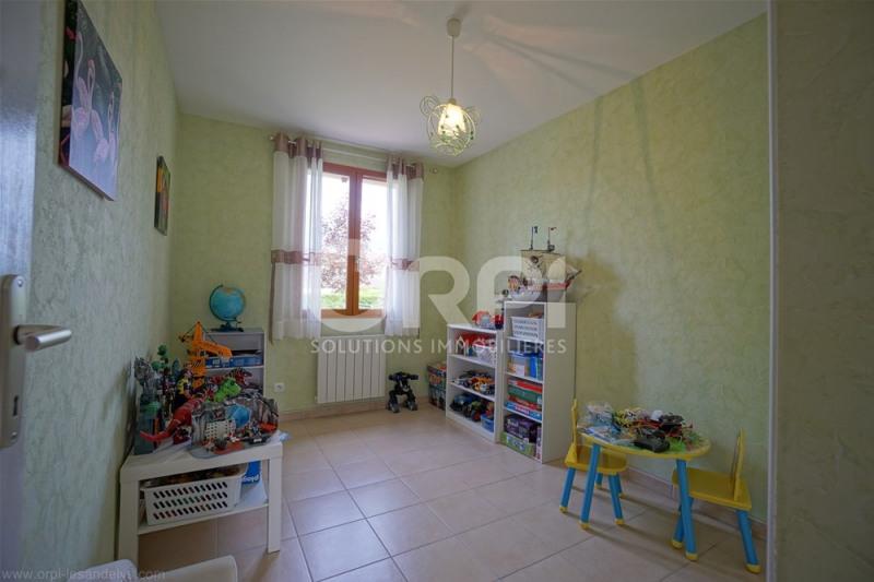 Sale house / villa Saint clair sur epte 175000€ - Picture 8
