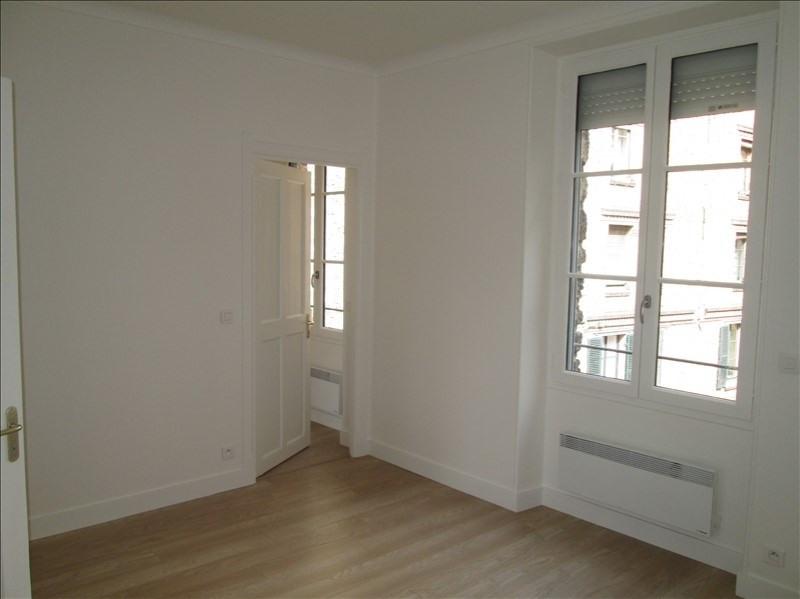 Location appartement Versailles 955€ CC - Photo 2