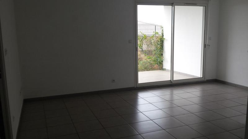 Location appartement Ste clotilde 605€ CC - Photo 5