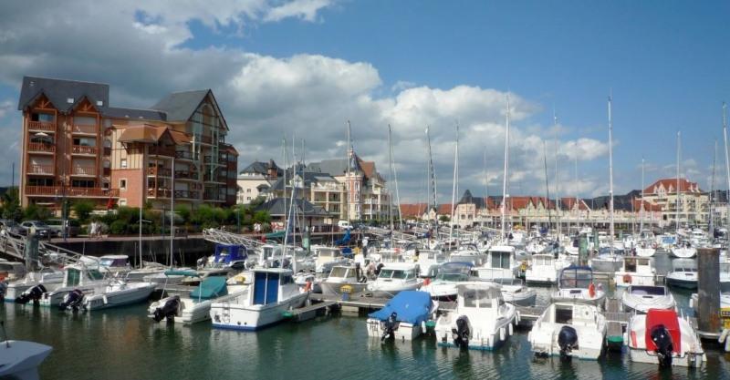 Sale apartment Dives-sur-mer 339000€ - Picture 1