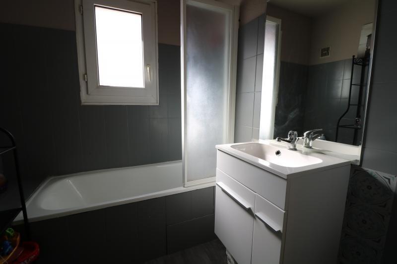 Sale apartment Bonneville 235000€ - Picture 8