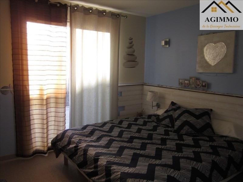 Sale house / villa L isle jourdain 300000€ - Picture 4