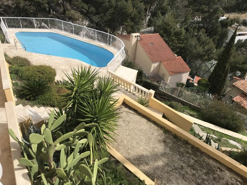Deluxe sale house / villa Toulon 870 000€ - Picture 1