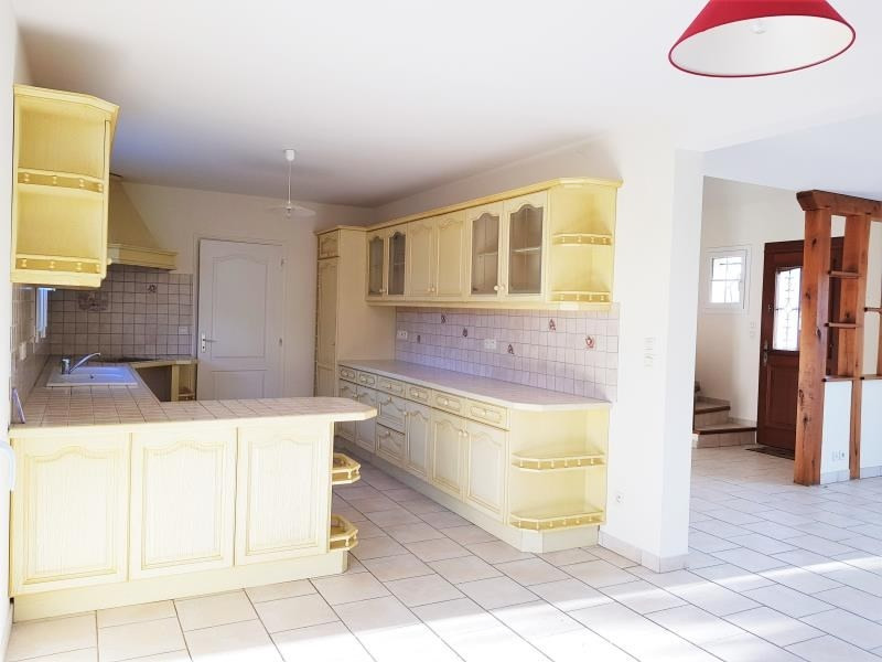Vente maison / villa Les bordes 266 000€ - Photo 4