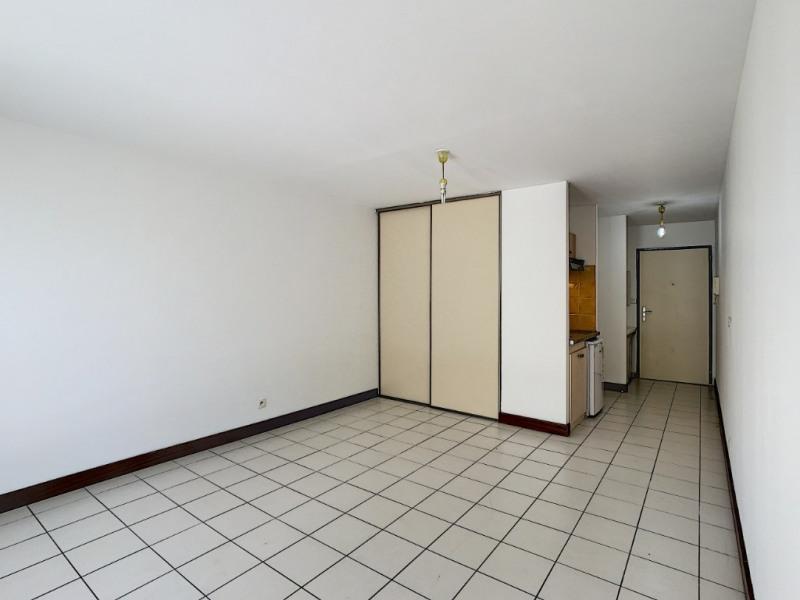 Location appartement Saint denis 495€ CC - Photo 4