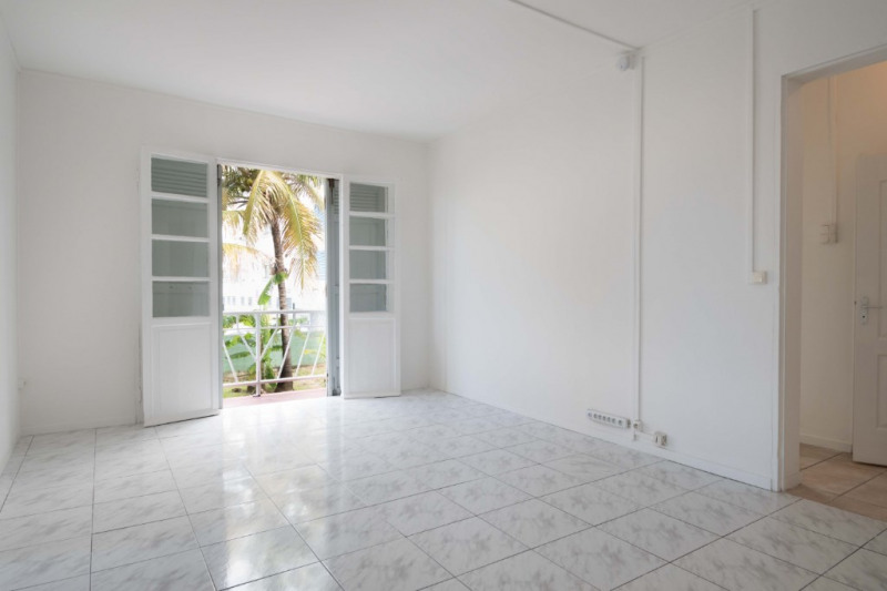 Sale apartment Saint denis 168 000€ - Picture 1