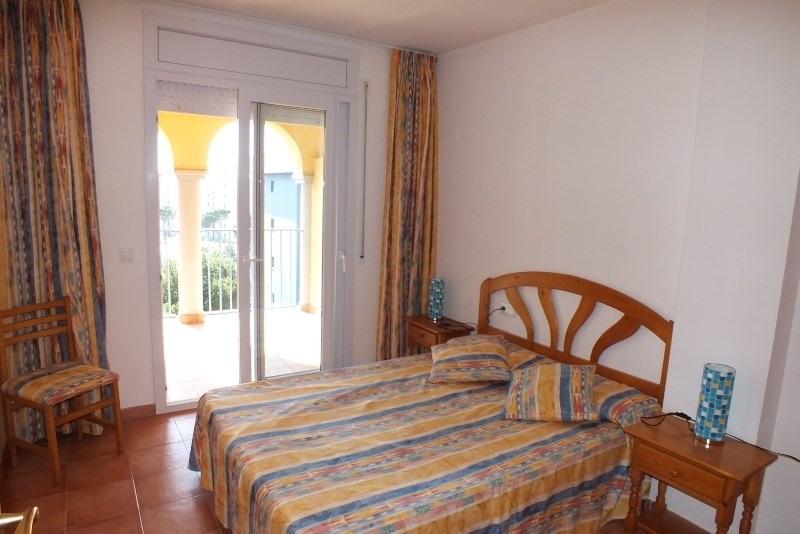 Location vacances appartement Roses santa-margarita 392€ - Photo 9
