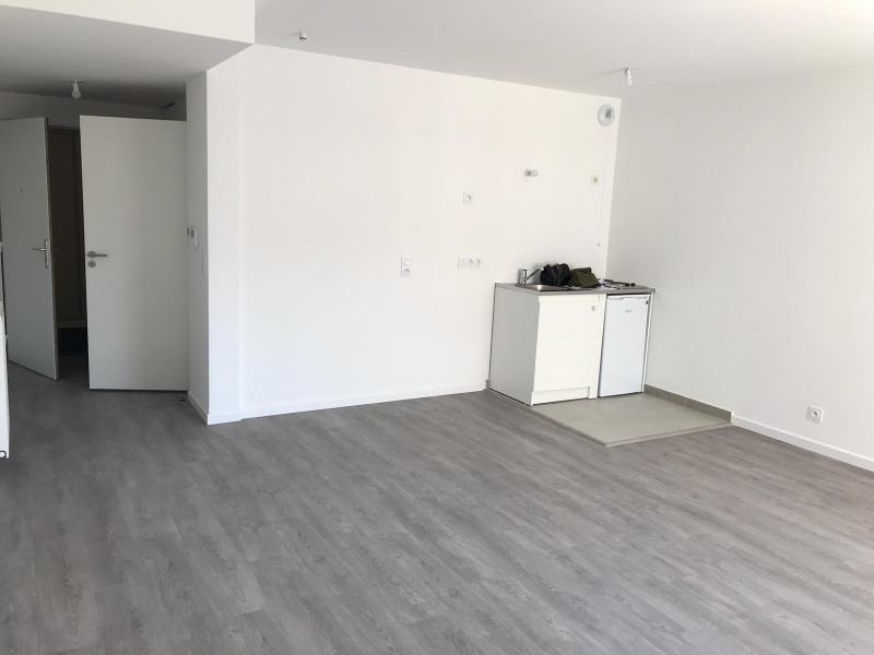 Location appartement Montreuil 780€ CC - Photo 3