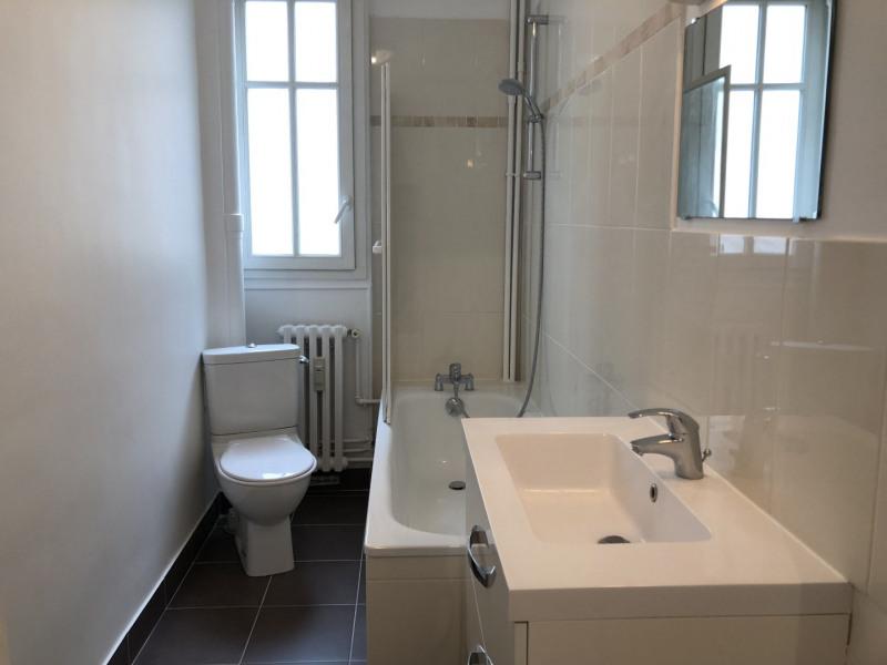 Rental apartment Puteaux 1216€ CC - Picture 5