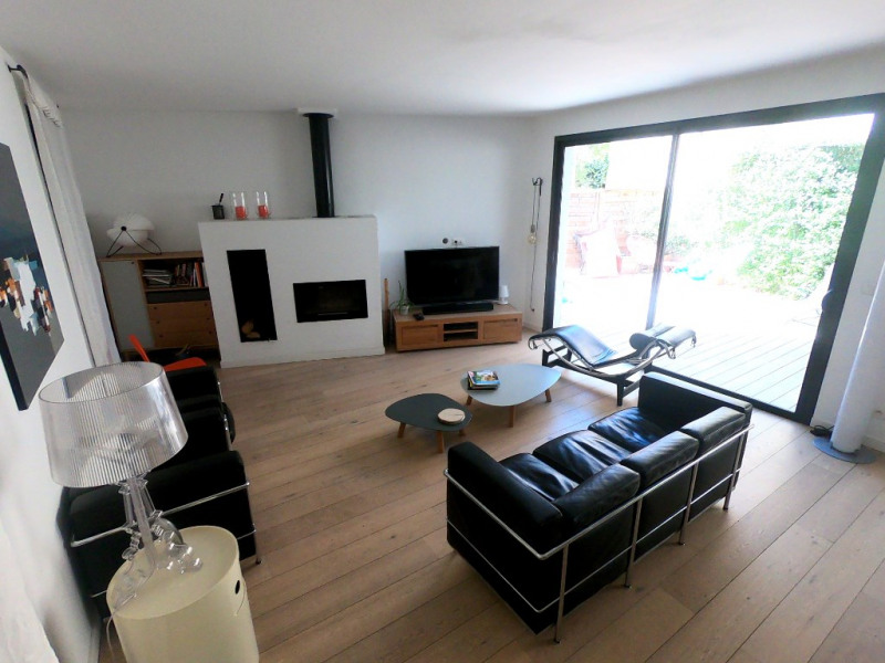 Maison contemporaine 785 000 euros