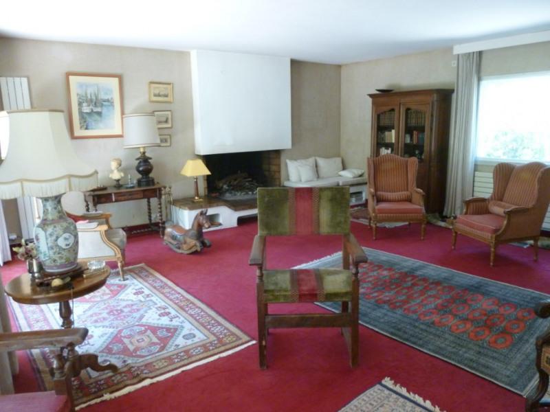 Deluxe sale house / villa Nimes 670000€ - Picture 2