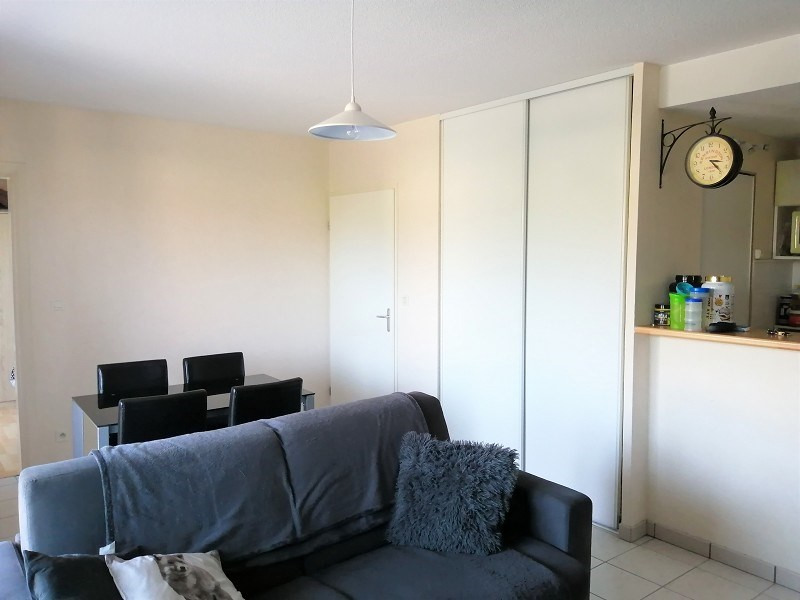 Rental apartment Seilh 510€ CC - Picture 2