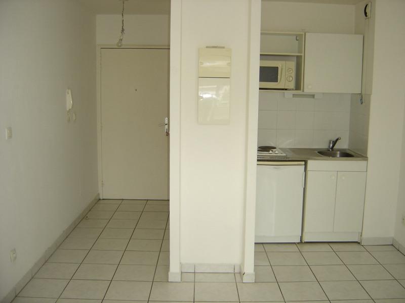 Alquiler  apartamento Sainte clotilde 364€ CC - Fotografía 1