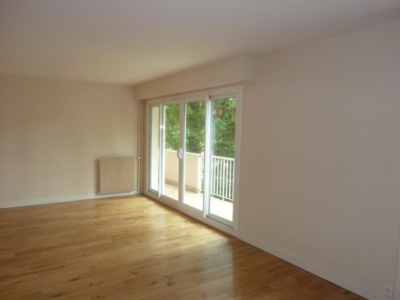 Sale apartment Orgeval 331000€ - Picture 1