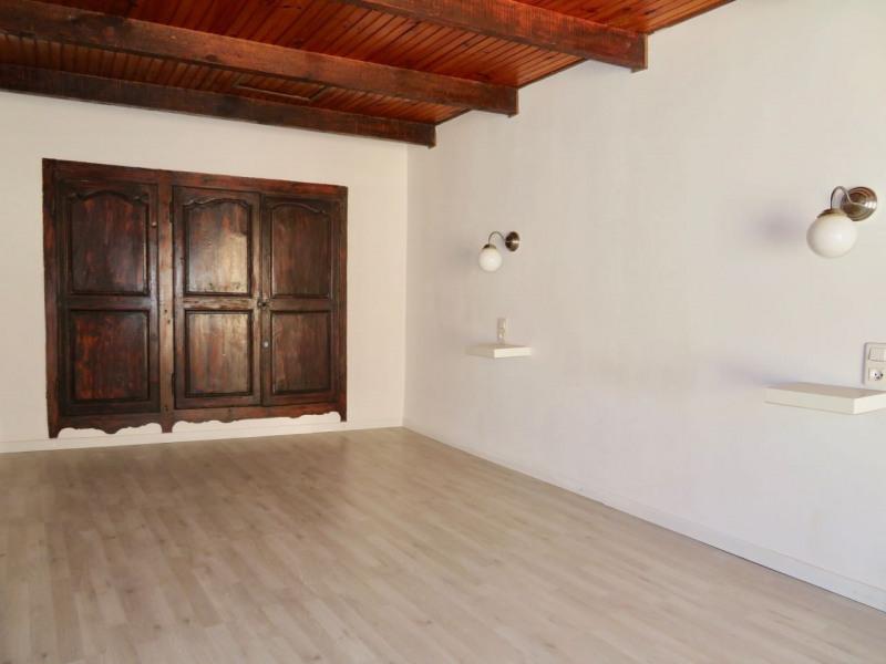 Rental apartment Le beausset 685€ CC - Picture 7