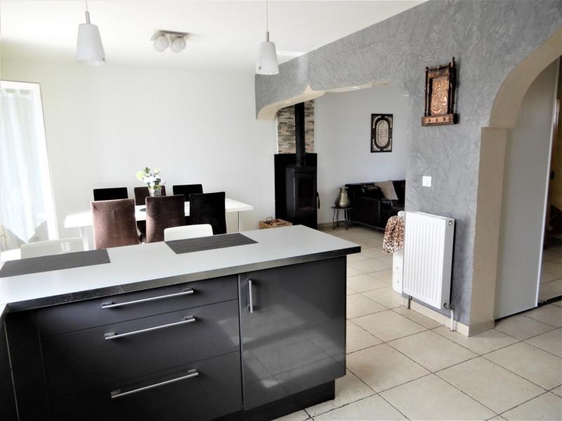 Sale house / villa Fontenay le vicomte 299000€ - Picture 4