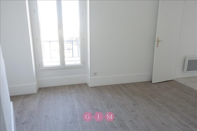 Location appartement Parmain 699€ CC - Photo 1