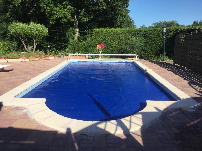 Sale house / villa St avaugourd des landes 405600€ - Picture 2