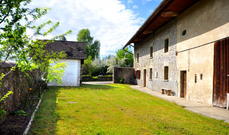 Sale house / villa Rumilly 375000€ - Picture 1