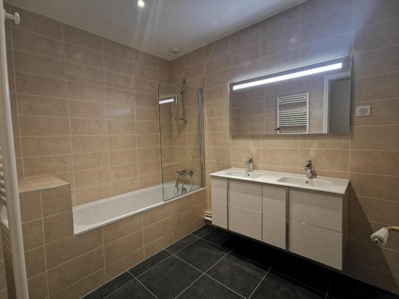 Rental apartment Paris 17ème 3053€ CC - Picture 5