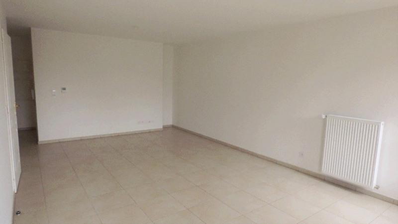 Rental apartment Gex 1682€ CC - Picture 9