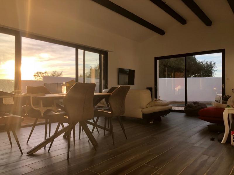 Deluxe sale house / villa Lauzieres 780000€ - Picture 2