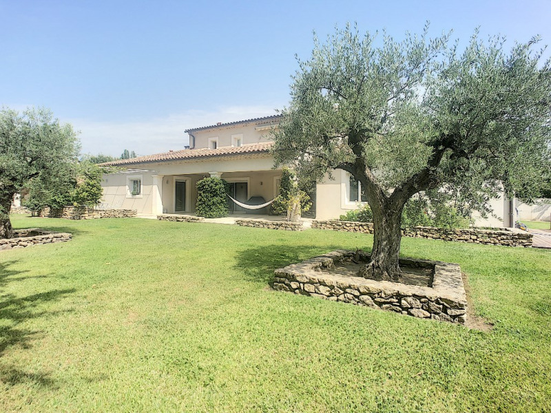 Deluxe sale house / villa Barbentane 730 000€ - Picture 2
