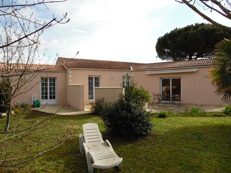 Sale house / villa Arvert 290 000€ - Picture 1