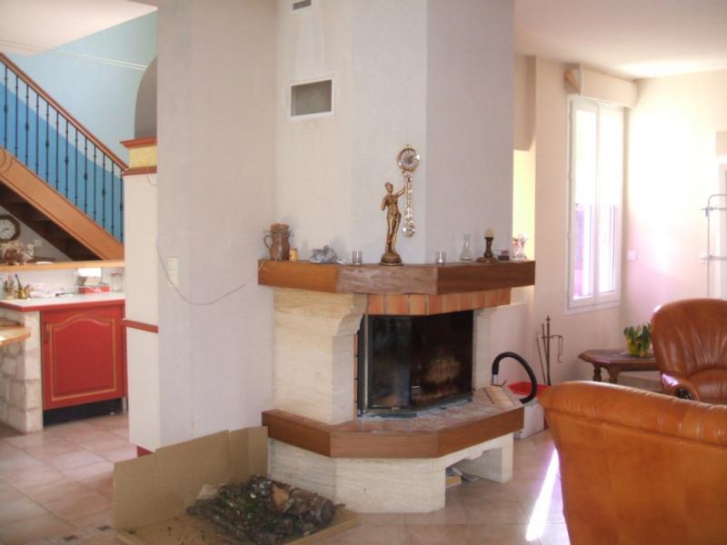 Sale house / villa Montoire sur le loir 166950€ - Picture 3