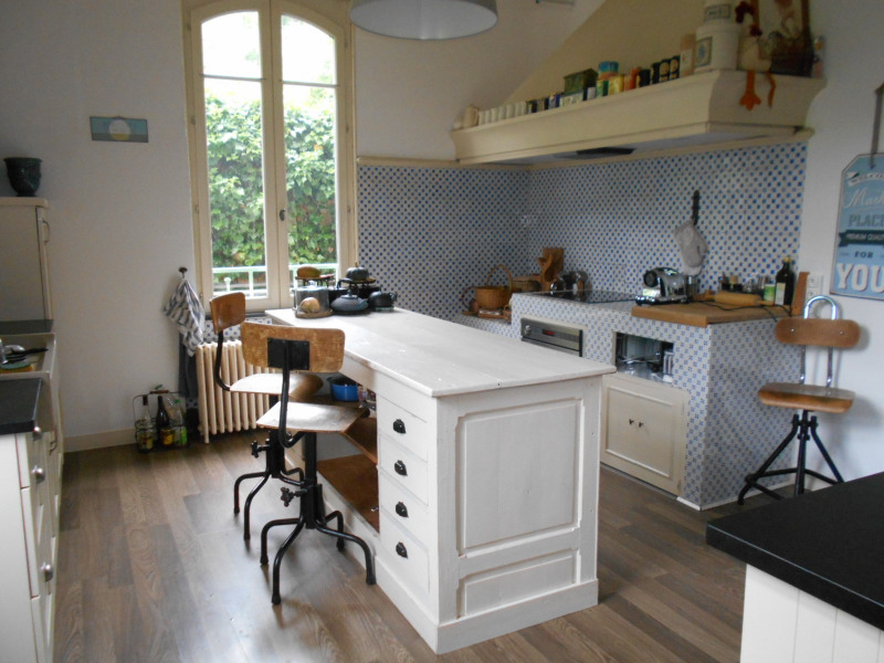 Vente maison / villa Lons-le-saunier 420000€ - Photo 4