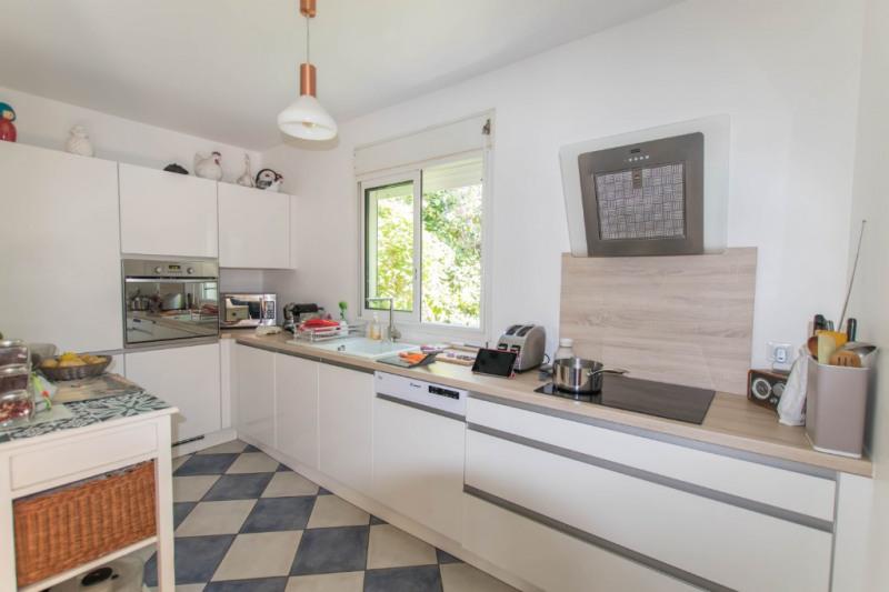 Deluxe sale house / villa Saint gilles les bains 570000€ - Picture 3