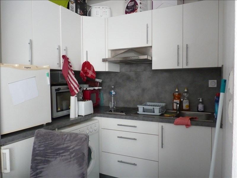 Sale apartment La roche sur yon 79380€ - Picture 2